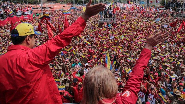 """Maduro rompió relaciones diplomáticas con Colombia y advirtió que no será """"derrocado"""""""
