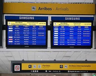 El Gobierno elimina el cupo en los vuelos y desde el 19 de octubre todos los pasajeros podrán ingresar al país